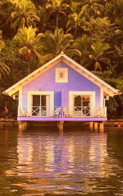 Over the Sea Cottage, Brazil