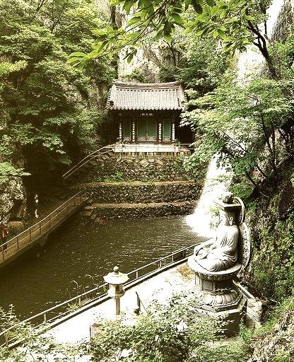 Red Dragon Temple near Yangsan City, South Korea