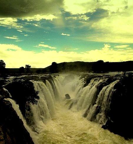 Hogenakkal Falls on the Kaveri River in Tamil Nadu / India