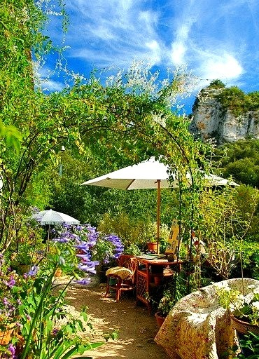 La terrasse en Provence, Luberon / France