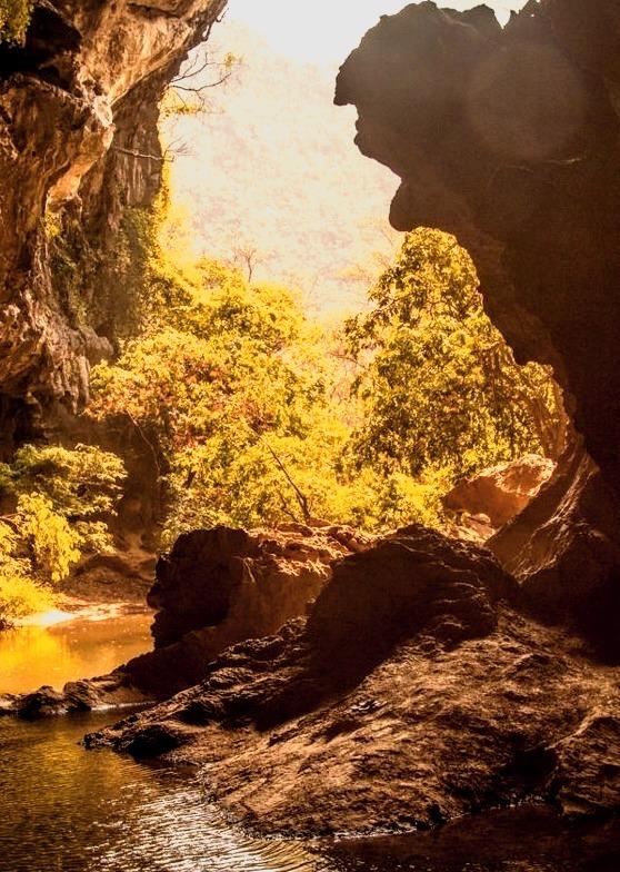 Tham Sa Pha In Cave / Laos